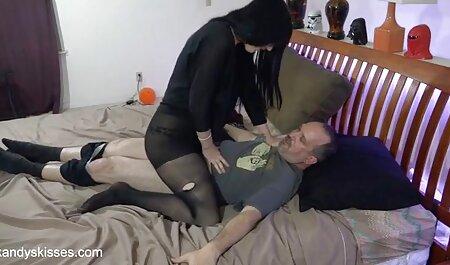 دختر بلند کانال فیلم های سکسی تلگرام و باریک مدل آماده برای رابطه جنسی.