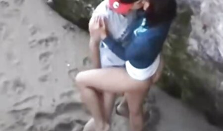 رقصنده نشان می دهد که از درجه اعتبار لیست کانال سکسی تلگرام ساقط