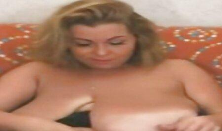او کانال تلگرام عکس های سکسی چهره اش را در دهان و موهایش قرار داد